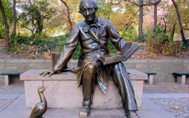 This photograph depicts the Hans Christian Andersen statue in Central Park