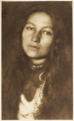 Photograph of Zitkala-Ša by Joseph Keiley